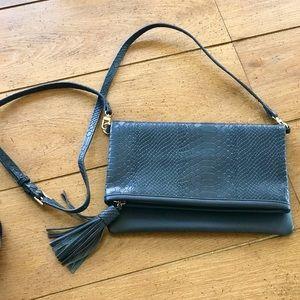 GIGI New York Flap Crossbody bag/case